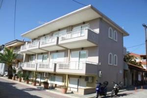 1460644389Letovanje Grčka Sarti Apartmani (26)