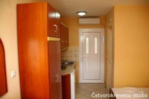 15010767891460644329Letovanje Grčka Sarti Apartmani (6)