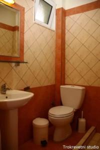 15010768091460644346Letovanje Grčka Sarti Apartmani (12)